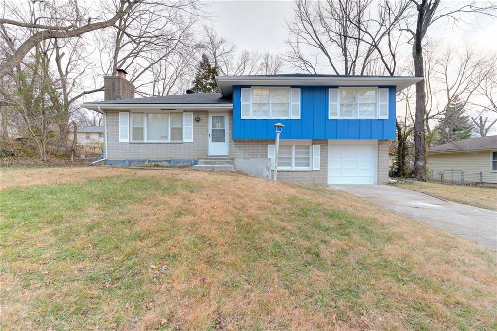 5901 E 97th Street Property Photo - Kansas City, MO real estate listing