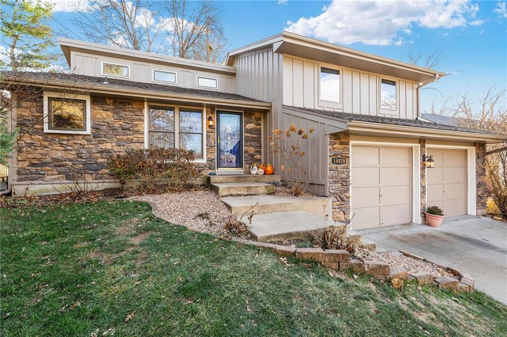 14639 W 89th Street Property Photo - Lenexa, KS real estate listing