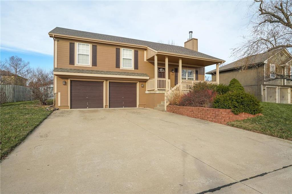 Foxhaven Real Estate Listings Main Image