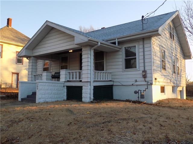 309 S Chestnut Street Property Photo - Cameron, MO real estate listing