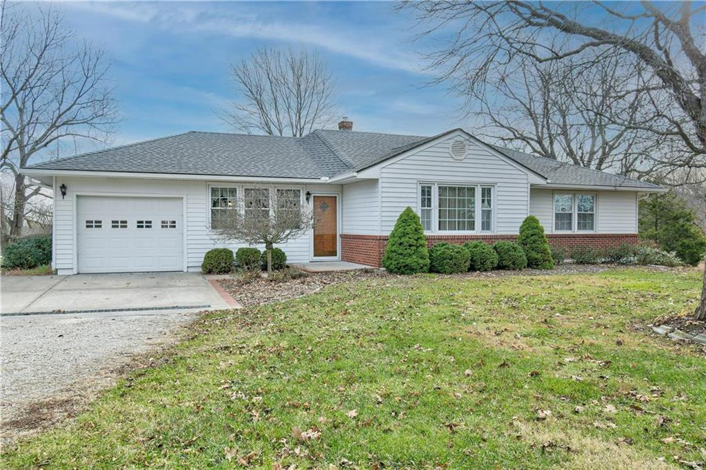 7603 S Outer Belt Road Property Photo - Oak Grove, MO real estate listing