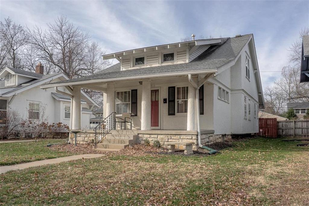 5910 Kenwood Avenue Property Photo - Kansas City, MO real estate listing