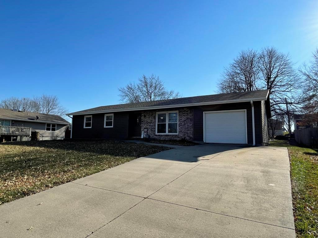 606 W 16th Street Property Photo - Maryville, MO real estate listing
