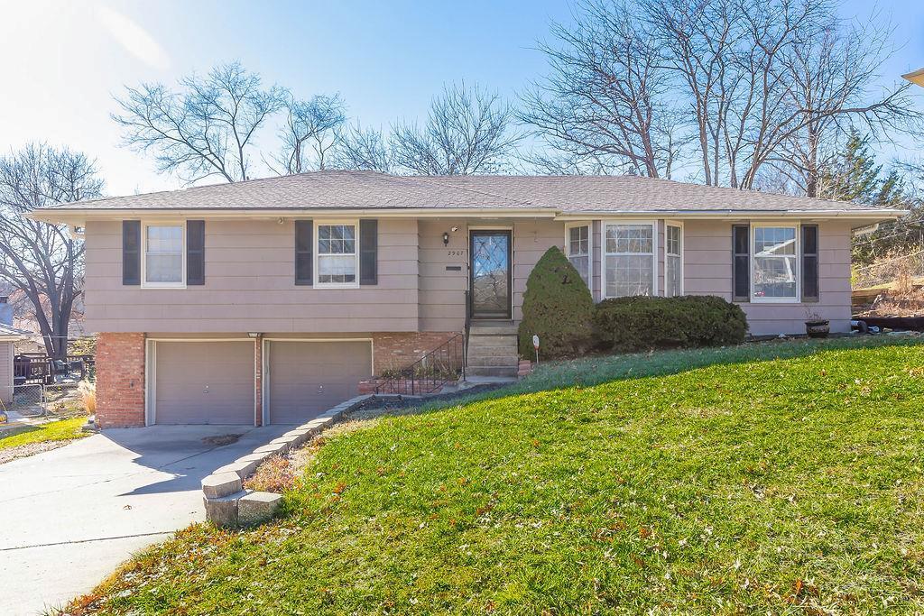 2907 E 107TH Terrace Property Photo - Kansas City, MO real estate listing