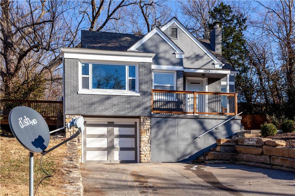 1123 N 49th Terrace Property Photo - Kansas City, KS real estate listing