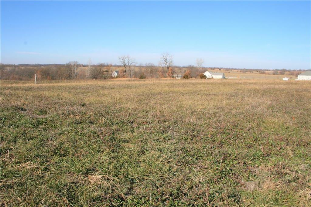 Lot 6 Ne Country Hill Parkway Property Photo