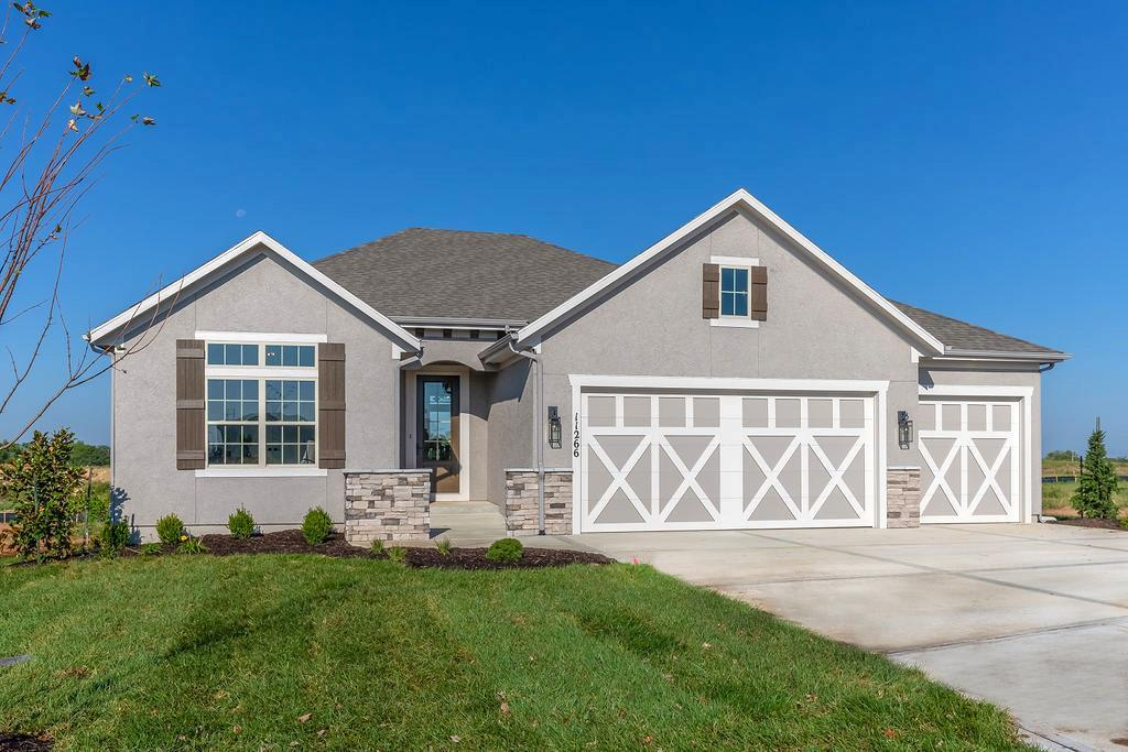 25230 W 112th Terrace Property Photo - Olathe, KS real estate listing