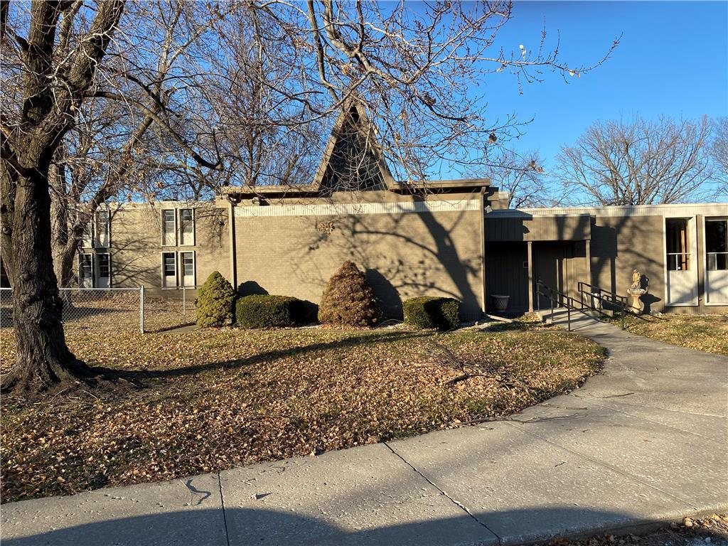 134 N Hardesty Avenue Property Photo - Kansas City, MO real estate listing