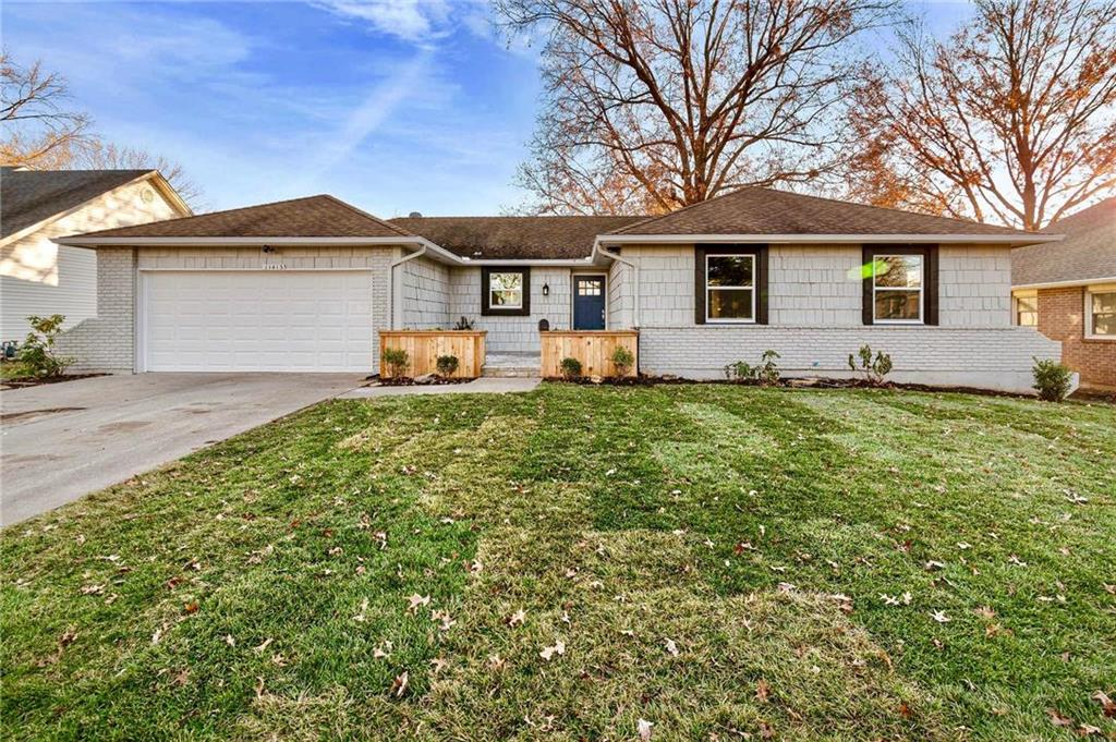 11413 W 72nd Terrace Property Photo - Shawnee, KS real estate listing