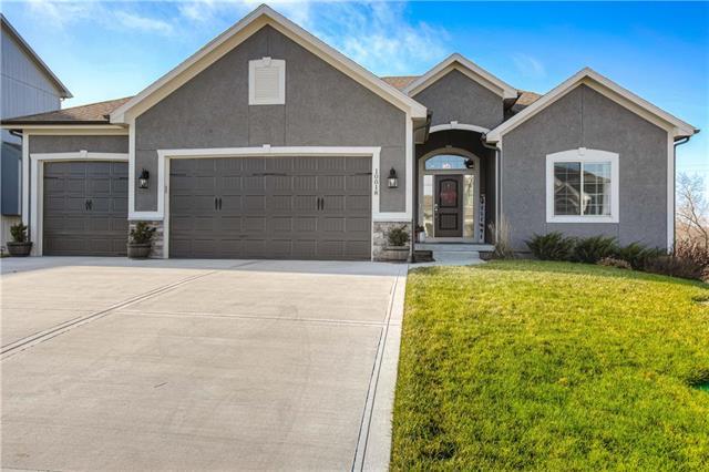 10018 N Richmond Avenue Property Photo - Kansas City, MO real estate listing
