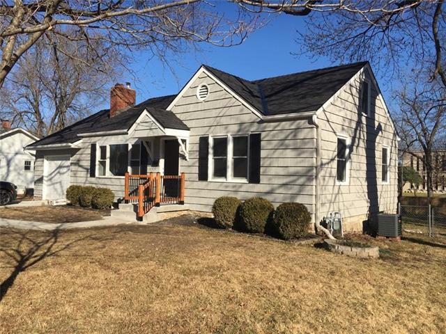6425 Floyd Street Property Photo - Overland Park, KS real estate listing