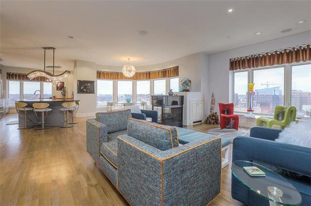 400 W 49th Terrace #2094 & 2096 Property Photo 3
