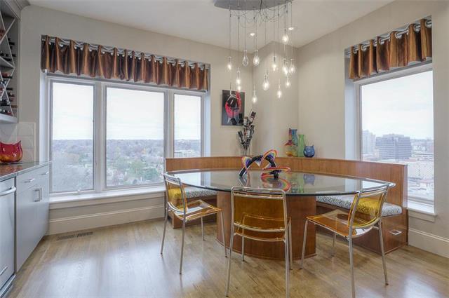 400 W 49th Terrace #2094 & 2096 Property Photo 8