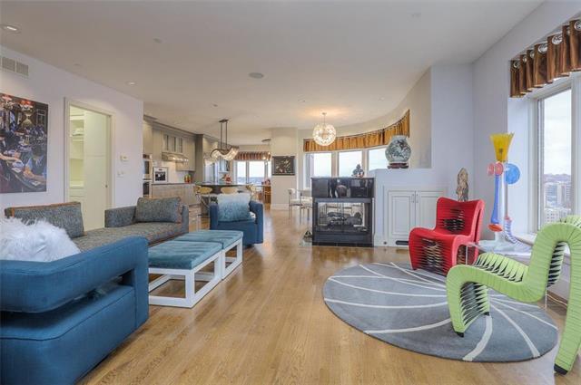 400 W 49th Terrace #2094 & 2096 Property Photo 9