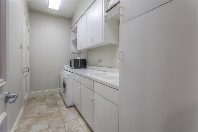 400 W 49th Terrace #2094 & 2096 Property Photo 14