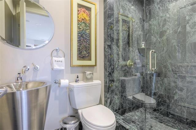 400 W 49th Terrace #2094 & 2096 Property Photo 15