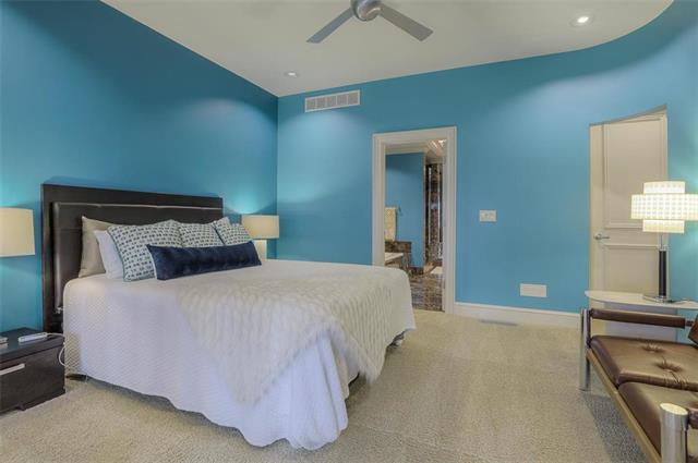 400 W 49th Terrace #2094 & 2096 Property Photo 18