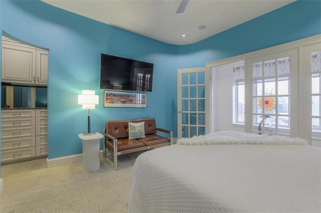 400 W 49th Terrace #2094 & 2096 Property Photo 19