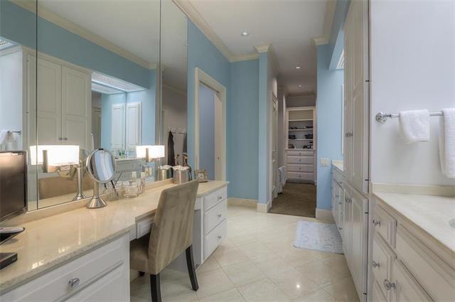 400 W 49th Terrace #2094 & 2096 Property Photo 33