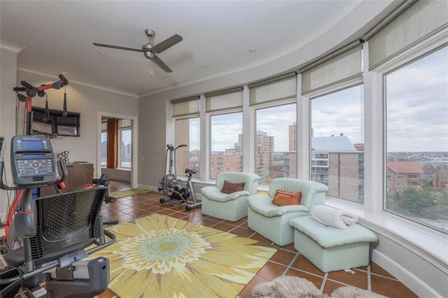 400 W 49th Terrace #2094 & 2096 Property Photo 49