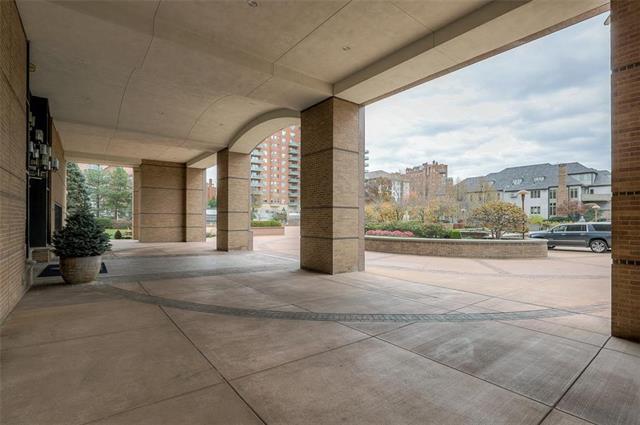 400 W 49th Terrace #2094 & 2096 Property Photo 53