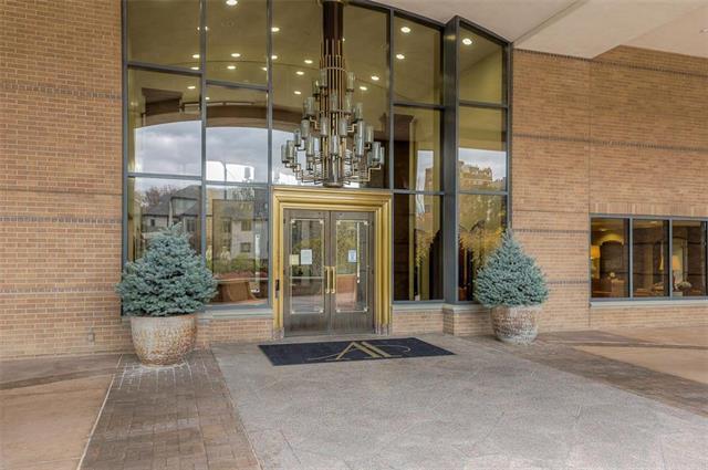 400 W 49th Terrace #2094 & 2096 Property Photo 54