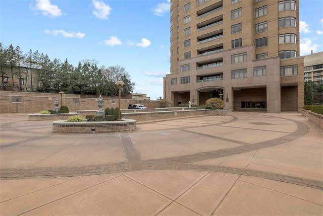 400 W 49th Terrace #2094 & 2096 Property Photo 58