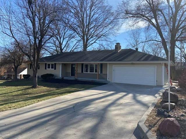 514 Coronado Drive Property Photo - Bonner Springs, KS real estate listing
