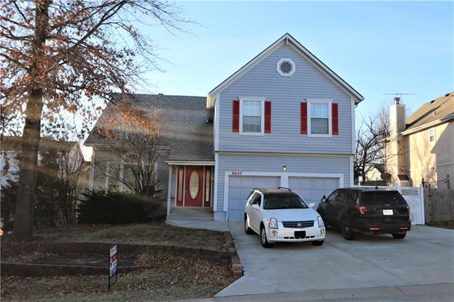 9027 Ann Avenue Property Photo - Kansas City, KS real estate listing