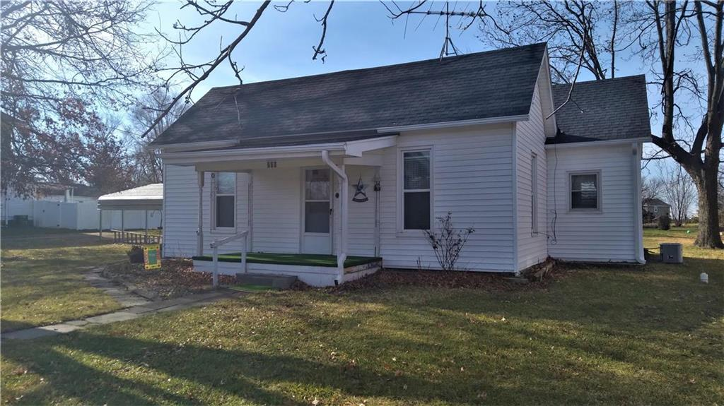 206 Spruce Street Property Photo - Garden City, MO real estate listing