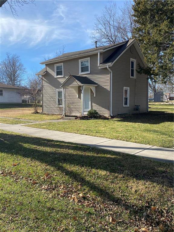 302 S Maple Street Property Photo - Wellsville, KS real estate listing