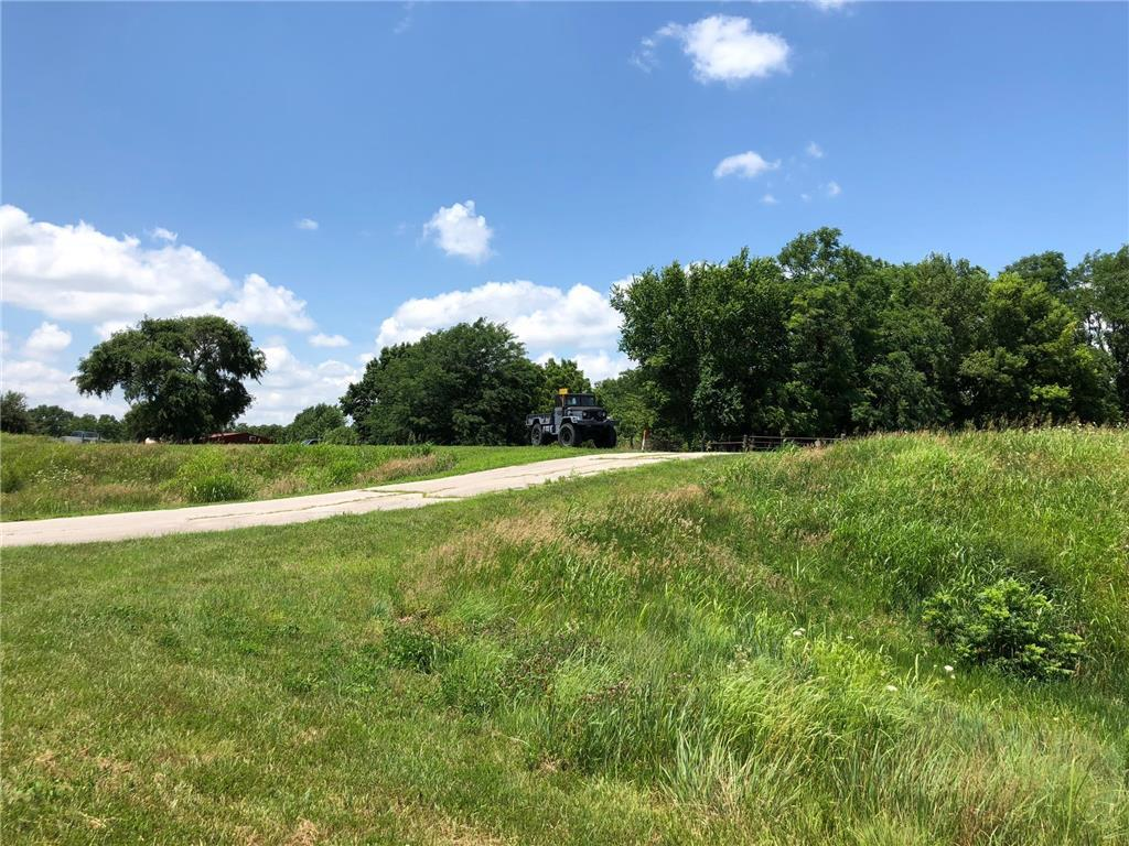 36990 Sunshine Road Property Photo