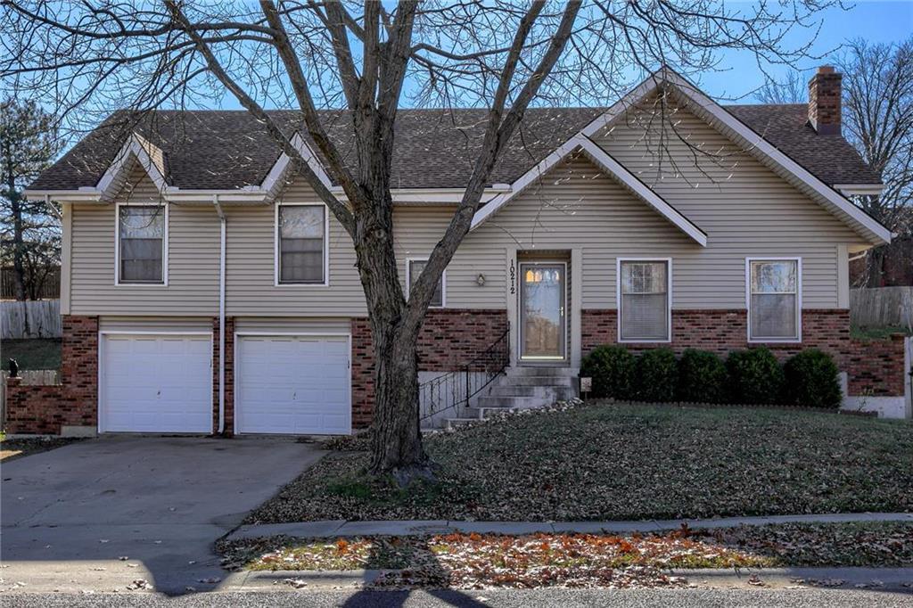 10212 Switzer Street Property Photo - Overland Park, KS real estate listing