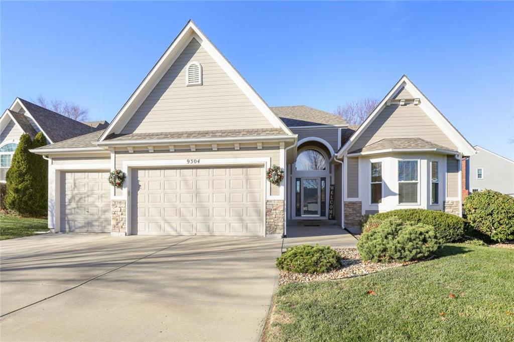9304 Swarner Drive Property Photo - Lenexa, KS real estate listing