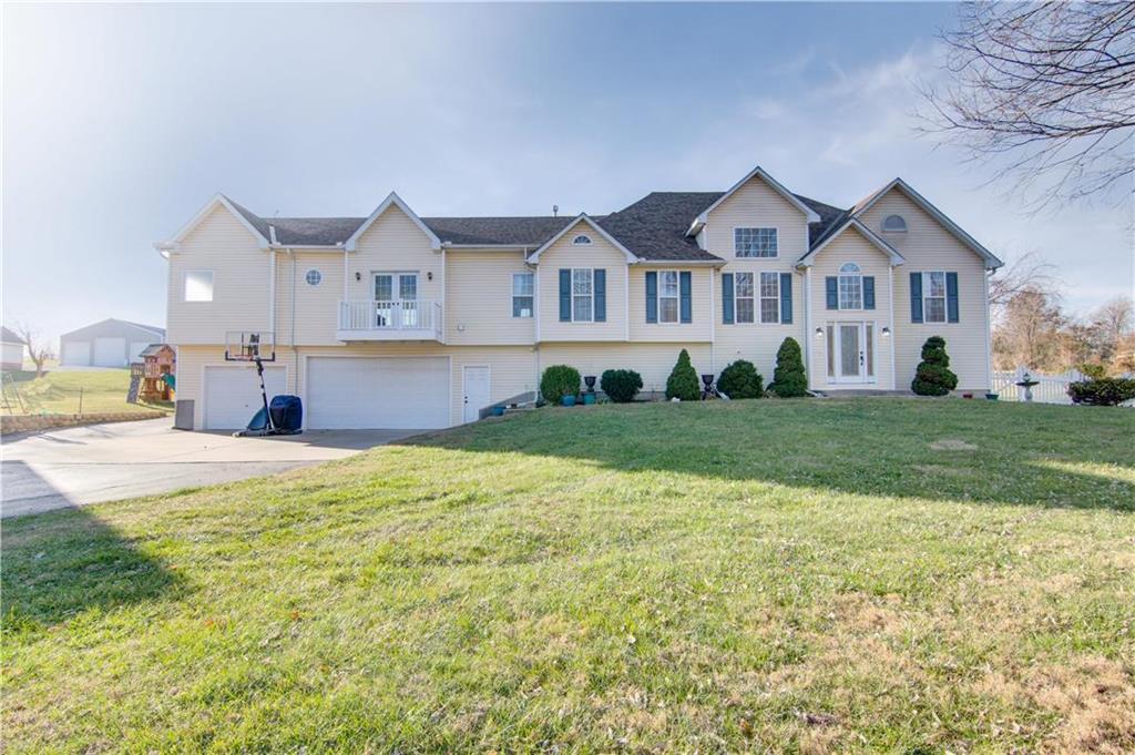 Hawk Ridge Real Estate Listings Main Image