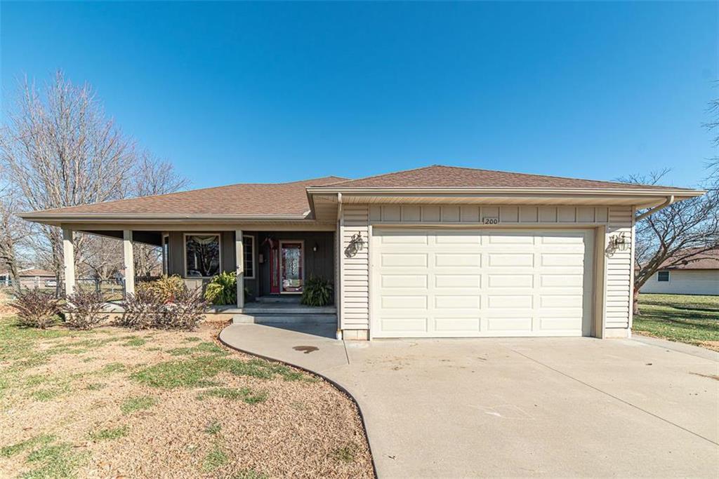 200 N Cedar Street Property Photo - Garnett, KS real estate listing