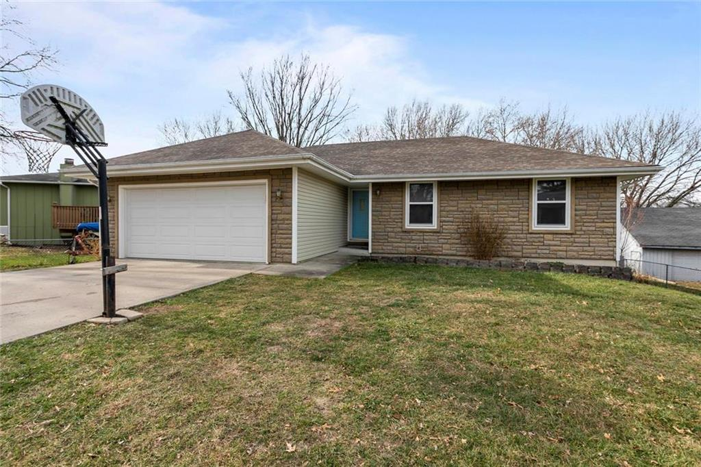 1201 N Doniphan Street Property Photo - Lawson, MO real estate listing