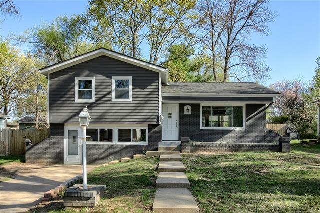4006 E 107th Terrace Property Photo - Kansas City, MO real estate listing