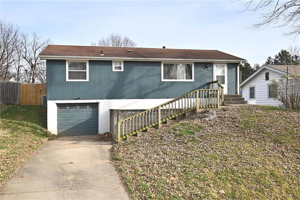 4417 N Walrond Avenue Property Photo - Kansas City, MO real estate listing