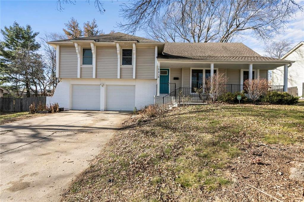 12416 Bennington Avenue Property Photo - Grandview, MO real estate listing