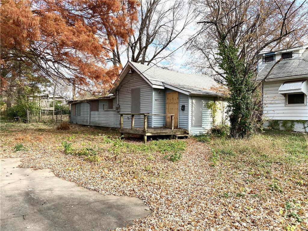10618 E 19th Terrace Property Photo - Independence, MO real estate listing