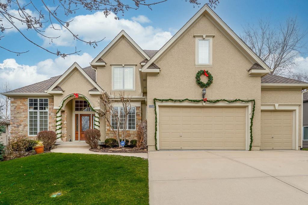 20816 W 93rd Terrace Property Photo - Lenexa, KS real estate listing