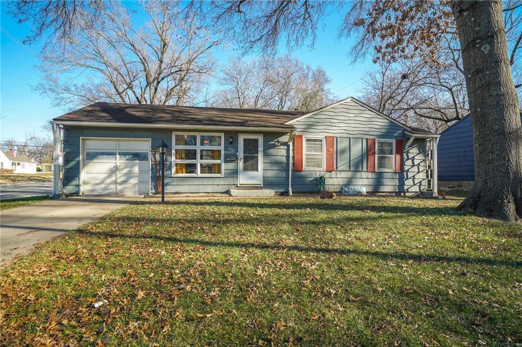 8703 Melrose Street Property Photo - Overland Park, KS real estate listing