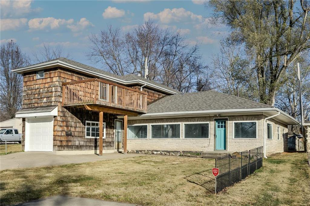 10800 Lakeview Road Property Photo - Raytown, MO real estate listing