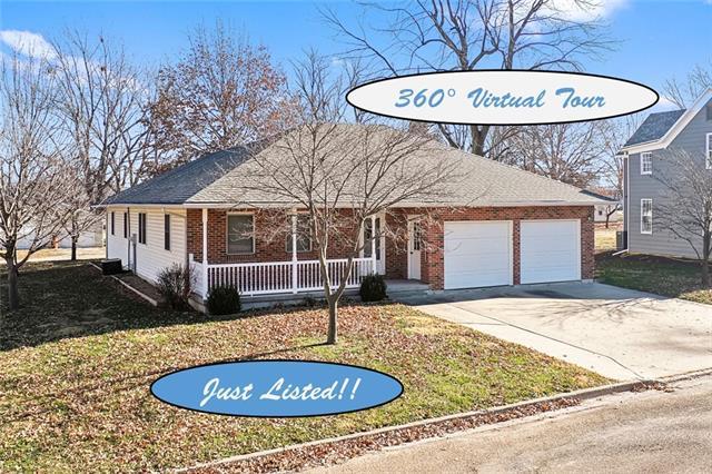 401 S Bismark Street Property Photo