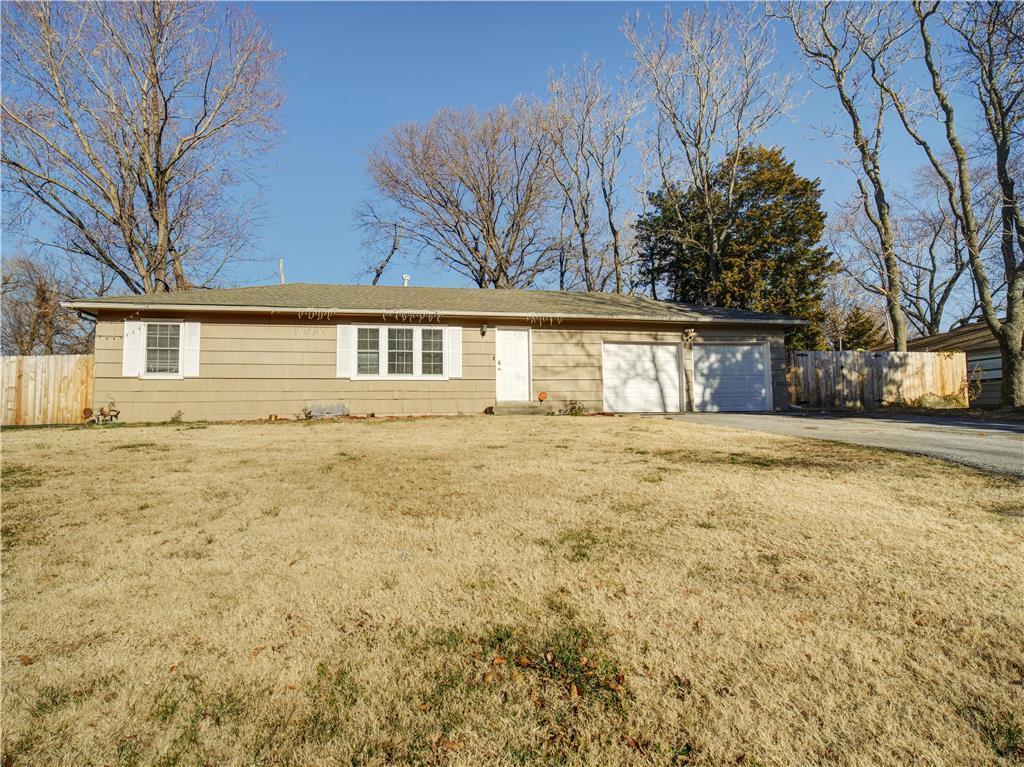 6422 EVERETT Avenue Property Photo - Kansas City, KS real estate listing