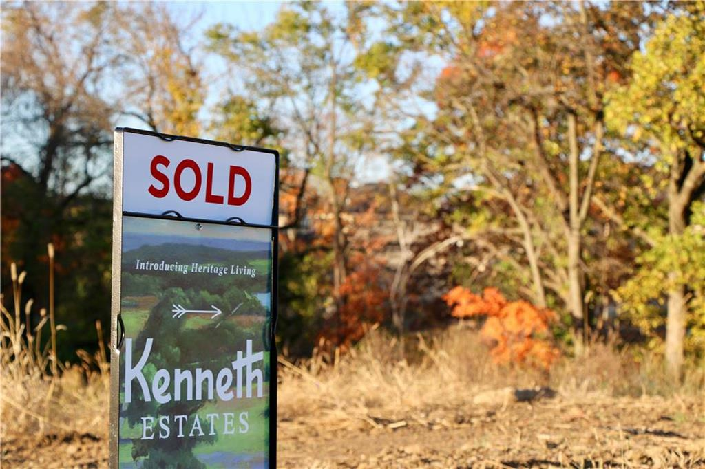 7101 Richards Drive Property Photo - Shawnee, KS real estate listing
