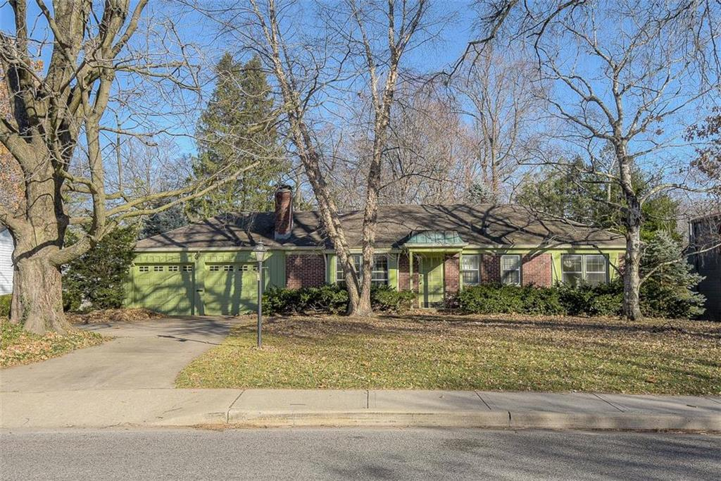5033 Buena Vista Street Property Photo - Roeland Park, KS real estate listing