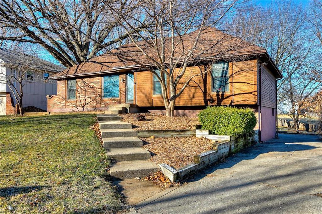 7818 N Garfield Avenue Property Photo - Kansas City, MO real estate listing