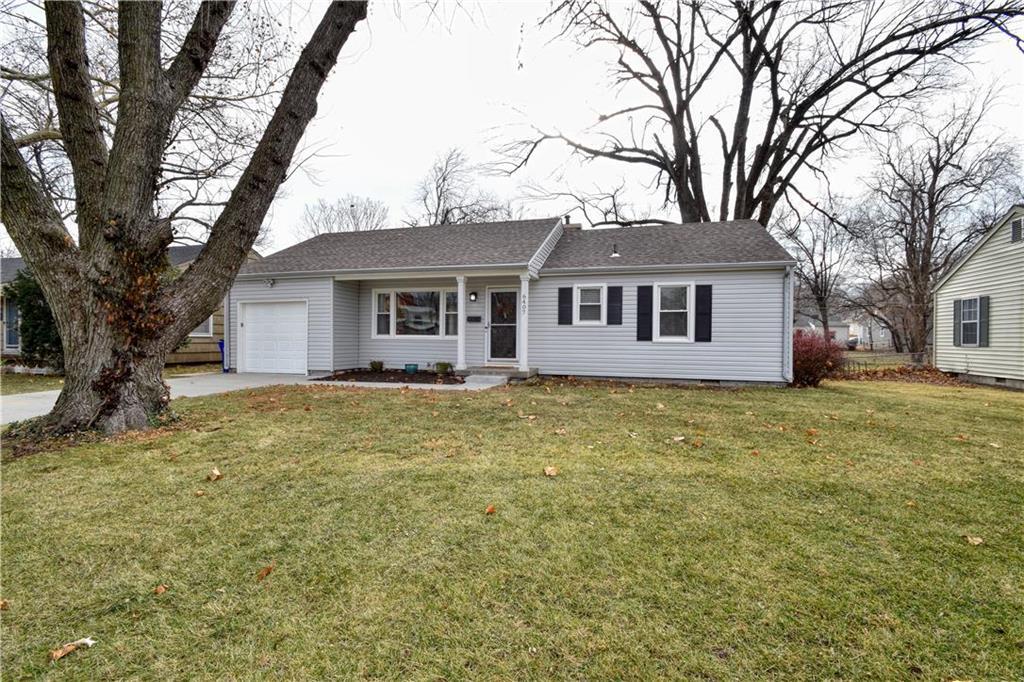 6407 W 72 Street Property Photo - Overland Park, KS real estate listing